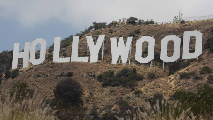 hollywood sign in cali