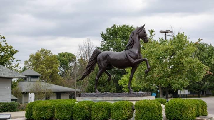 kentucky horse statue