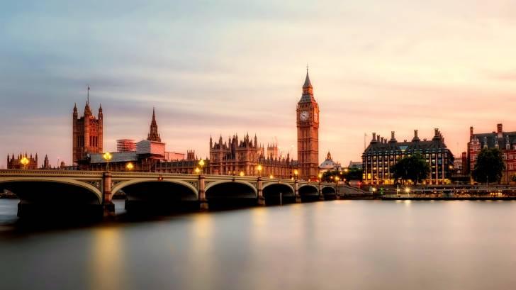 london bridge and tower
