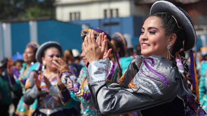 peruvian women dancing in celebration